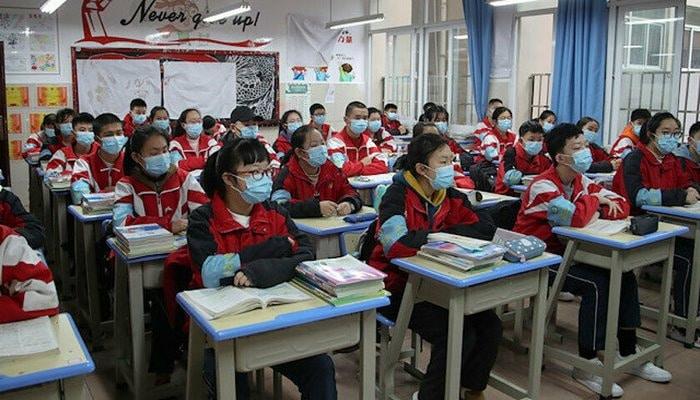 Koronavirüs sonrası Çin'deki eğitim: Doğu Türkistan'daki okullar öğrencilere kapılarını açan ilk bölge