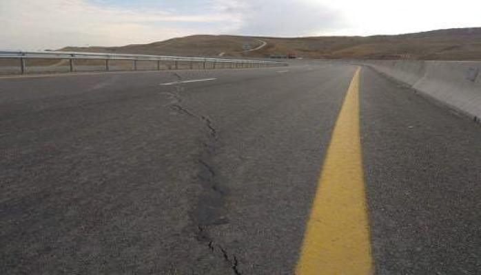 На автомагистрали Баку-Шамахы-Евлах  появилась трещина