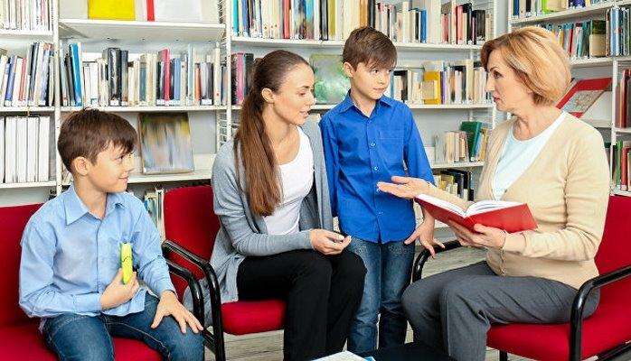 Исследование показало, как образование родителей влияет на будущее их детей