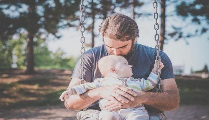 Более 25 процентов новоиспеченных отцов страдают от психологических проблем, связанных с появлением ребенка