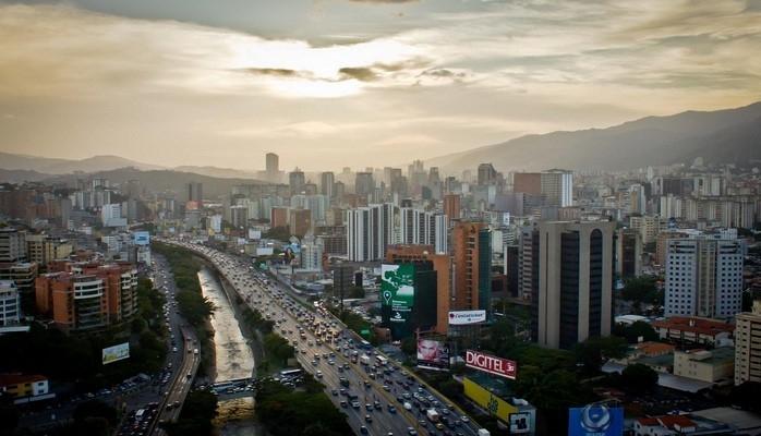 Venesuelada iki deputat parlament toxunulmazlığından məhrum edilib