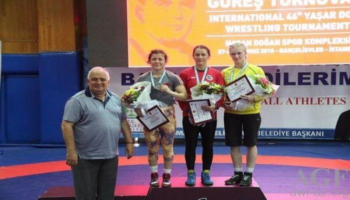 Azərbaycanlı güləşçilər yeddi medal qazandı