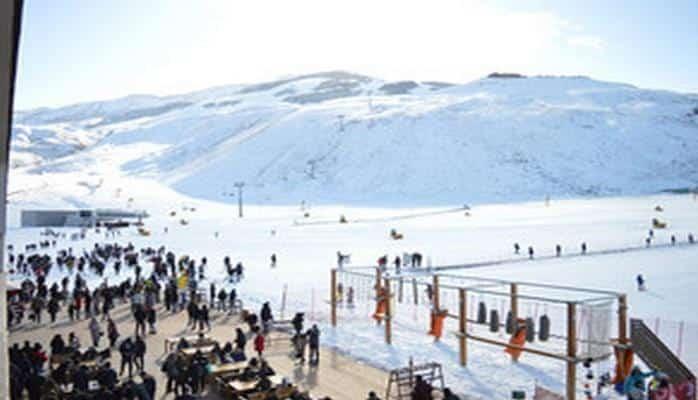 """Зимне-летний туристический комплекс """"Шахдаг"""" выведен из подчинения Госагентства по туризму"""