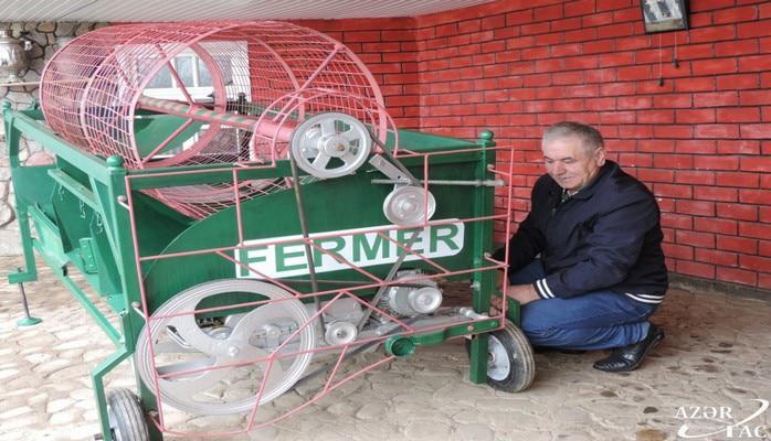 Qusarlı fermer bir gündə 50 tona yaxın kartof çeşidləyə bilən aqreqat düzəldib