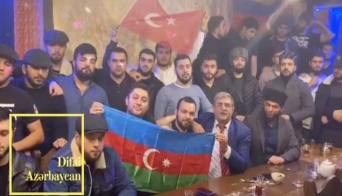"""""""Döyüşə hazırıq"""" - Moskvadakı azərbaycanlı gənclərdən """"Barış Pınarı""""na dəstək"""