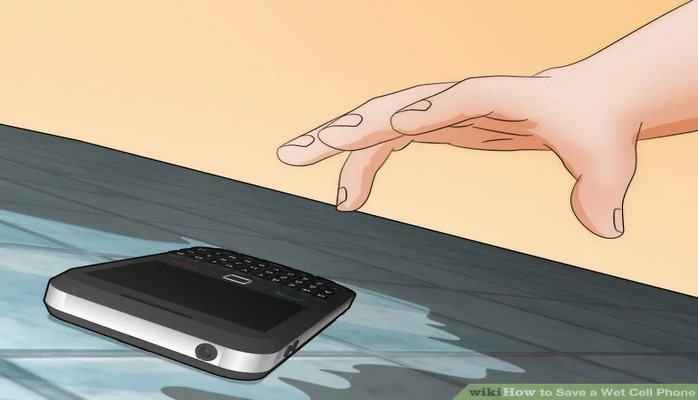 Sıvı Temasına Maruz Kalmış Bir Telefonu Nasıl Kurtarabilirsiniz?