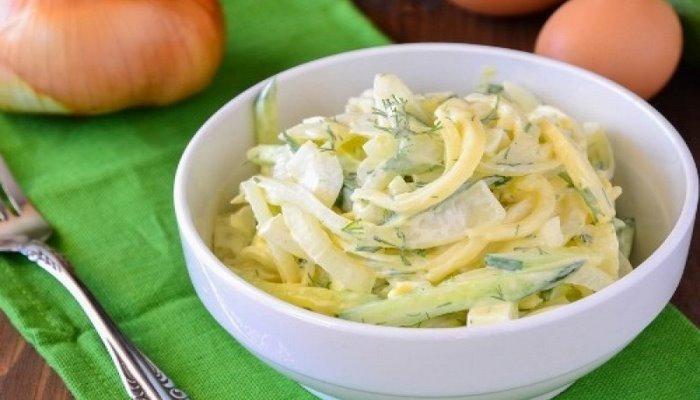 Vitaminli soğan salatı