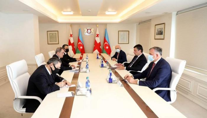 Ceyhun Bayramov Gürcüstanın baş naziri ilə görüşüb