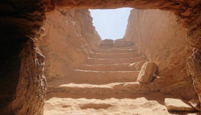 В Египте найдена нетронутая древняя гробница, в ней почти 30 мумий