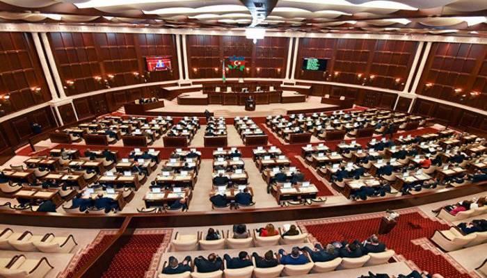 """""""Kütləvi informasiya vasitələri haqqında"""" qanuna dəyişiklik edilir"""