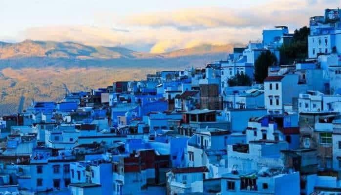 Bu şəhərdə hər şey mavi rəngdədir
