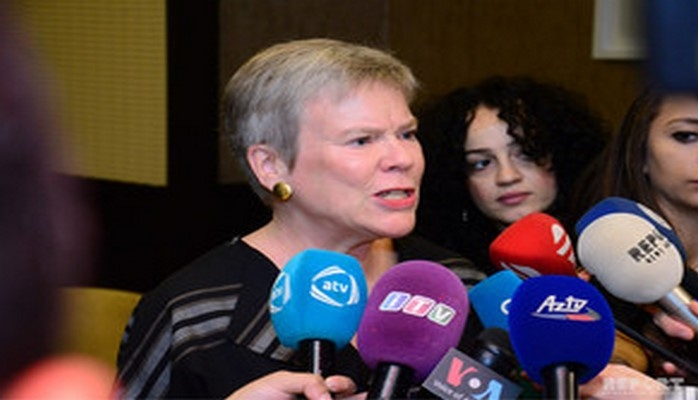 Заместитель генсека НАТО: Мы выступаем за мирное урегулирование карабахского конфликта