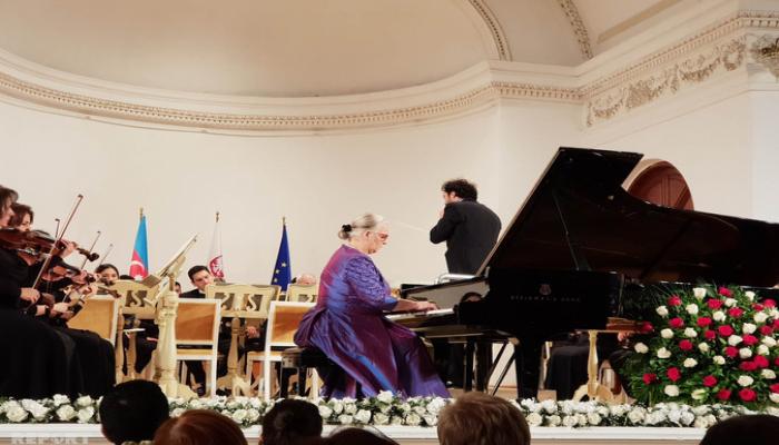 В Баку прошел концерт пианистки Евы Паблоцки в честь Дня Конституции Польши