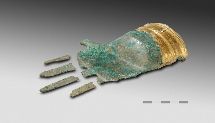 Рука с золотой манжетой: самая древняя бронзовая скульптура Европы