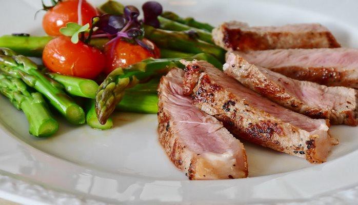 Эксперты установили, что побороть тягу к нездоровой пище можно за две минуты