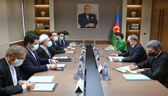 Ceyhun Bayramov Müctaba Zünnuri ilə görüşdü