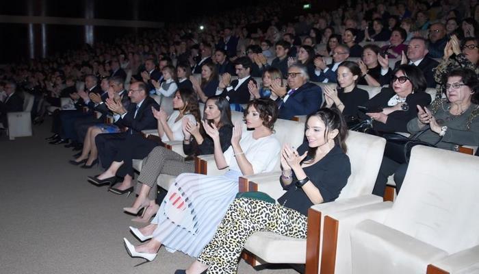 Первый вице-президент Мехрибан Алиева присутствовала на концерте всемирно известного пианиста Дениса Мацуева во Дворце Гейдара Алиева