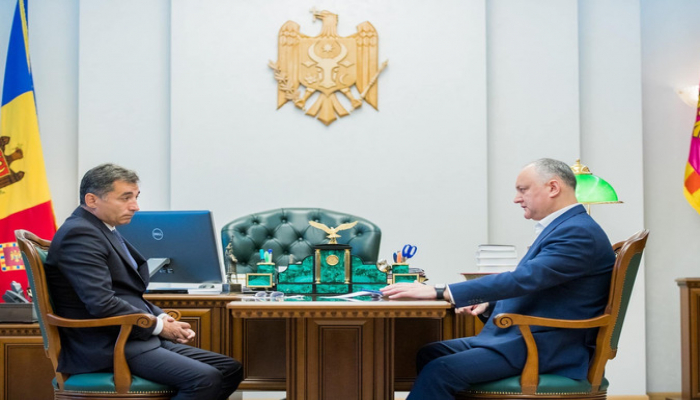Президент Молдовы обсудил с послом Азербайджана борьбу с СOVID-19