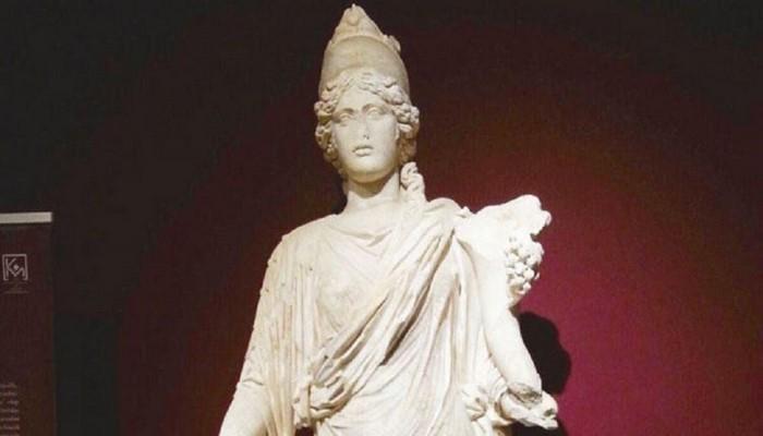 Bakanlık, Brüksel Kraliyet Sanat Müzesi'nde sergilenen Thyke heykelinin peşinde