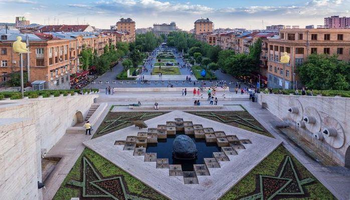 Азербайджанские журналисты сегодня едут в Ереван?