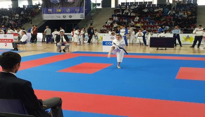 Стартовал международный турнир по карате Baku Open