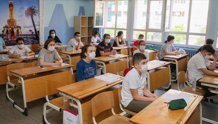 В школах ношение маски является обязательным — Управление образования Баку