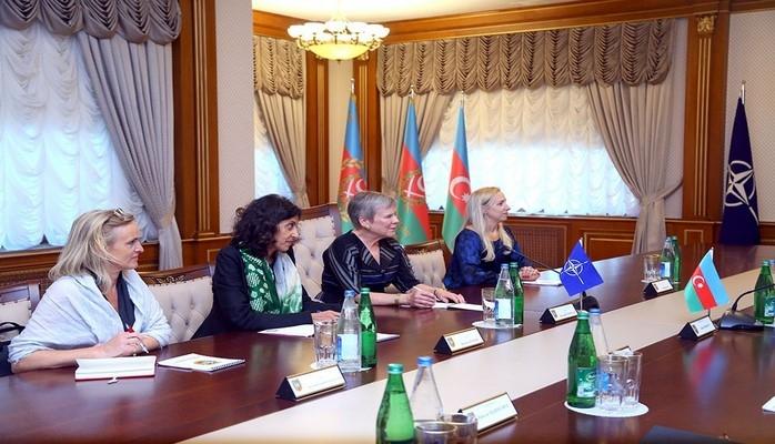 Закир Гасанов встретился с заместителем генерального секретаря НАТО