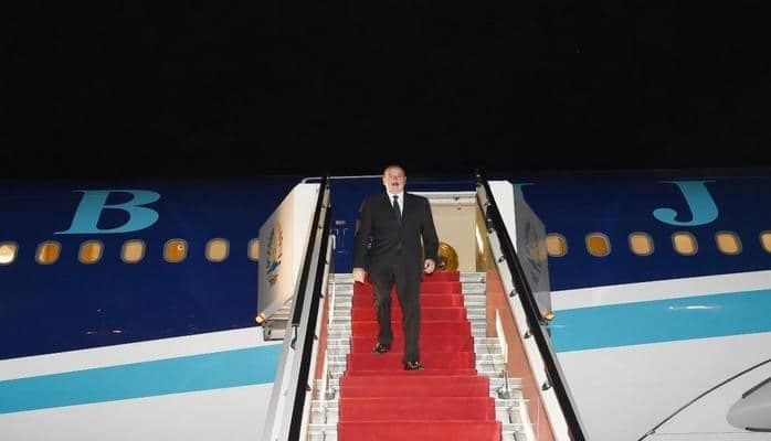 Президент Ильхам Алиев прибыл с визитом в Таджикистан