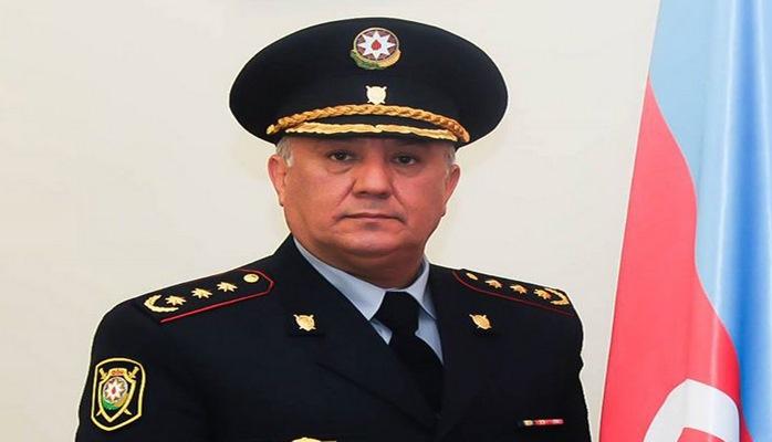 Сотрудники дорожной полиции Азербайджана могут говорить на службе по мобильному телефону