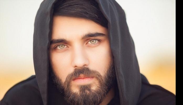 Azərbaycanlı model ərəb şeyxinin qızının evlilik təklifini rədd etdi