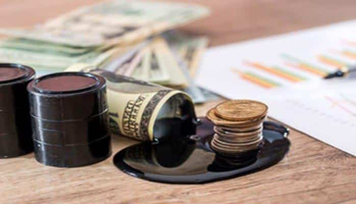 Цена на азербайджанскую нефть превысила 80 долларов