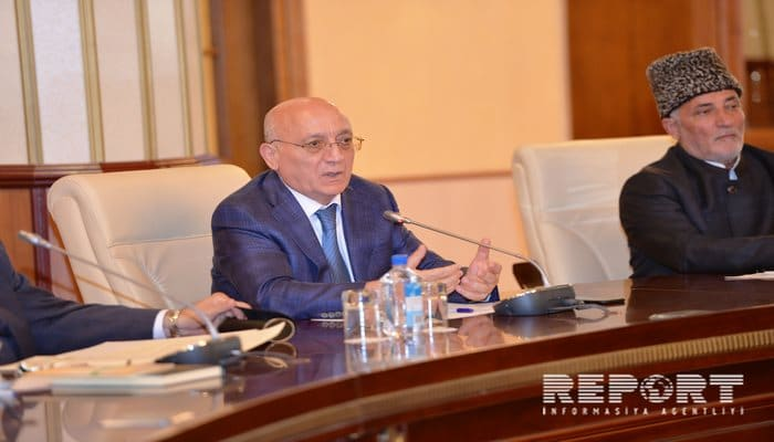 Мубариз Гурбанлы: В Азербайджане свобода вероисповедания обеспечена на высоком уровне