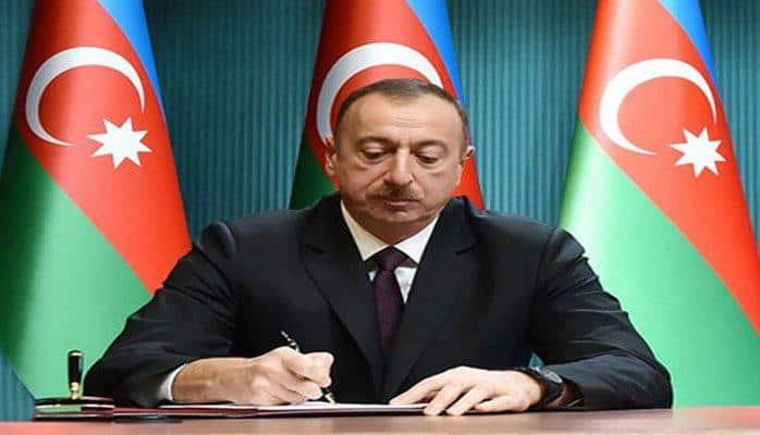 Prezident Ədliyyə Nazirliyinin əməkdaşlarına ali xüsusi rütbələrin verilməsi haqqında sərəncam imzalayıb