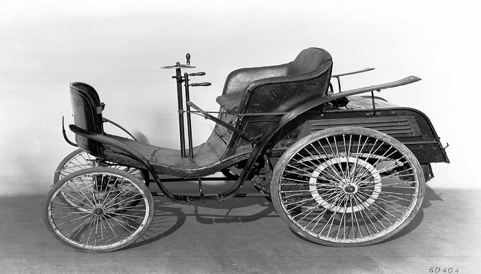 125 Yıl Önce Otomotiv Dünyasına Hükmeden İlk Seri Üretim Araç: Benz Velocipede