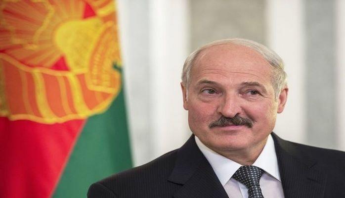 """Lukaşenko """"Miss Belarus""""un qalibinə kolxozda iş təklif etdi"""