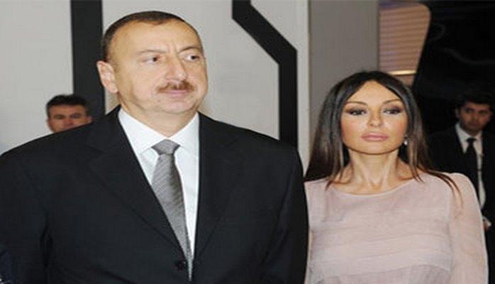 Президент Ильхам Алиев и Первая леди Мехрибан Алиева ознакомились с национальным павильоном с выставки «Милан Экспо 2015»