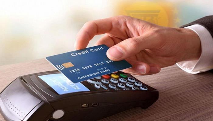 5 случаев, когда лучше не платить с помощью банковской карты - будьте осторожны