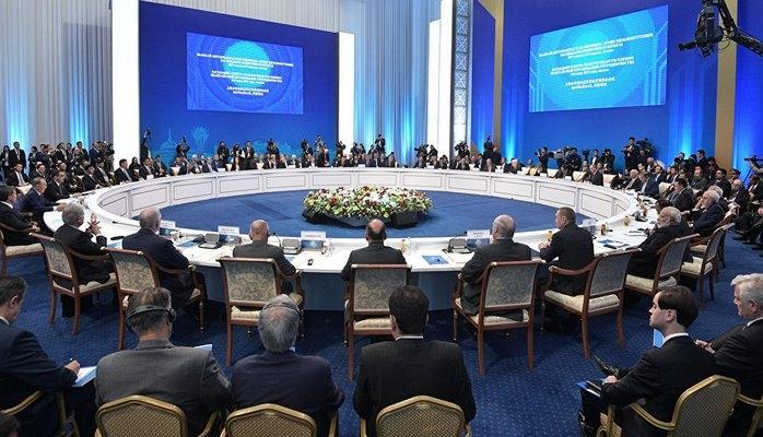 Азербайджан стремится к новому берегу - от Евросоюза к ШОС