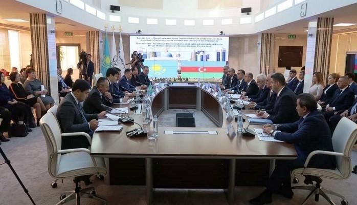 Qazaxıstan neftinin Bakı-Tbilisi-Ceyhan və Bakı-Novorossiysk kəmərləri ilə nəqli müzakirə edilib