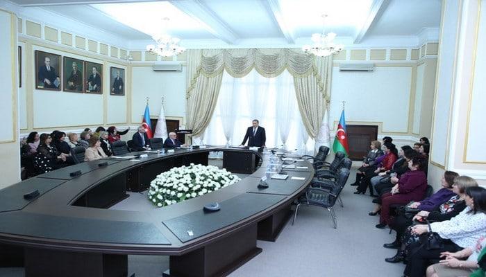 В Президиуме НАНА состоялось мероприятие, посвященное Международному женскому дню 8 марта