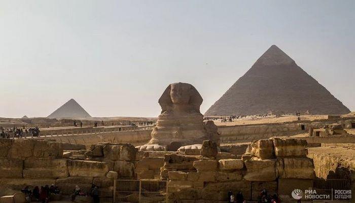Британский турист за семь дней посетил семь чудес света