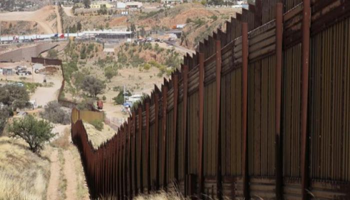 Мексика и США договорились продлить на 30 дней закрытие границы