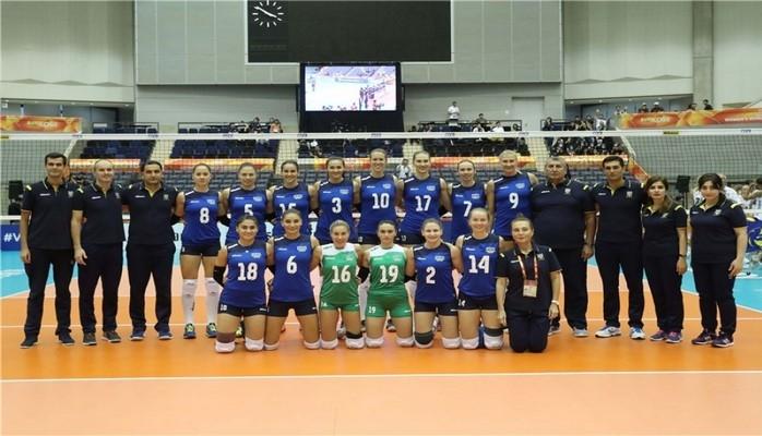 Азербайджанские волейболистки провели первую игру на чемпионате мира