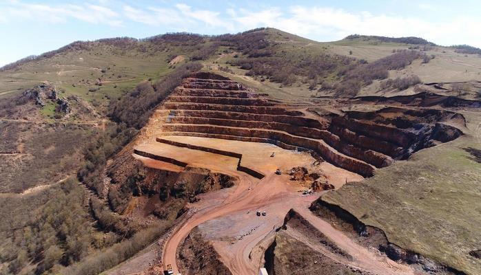 Названы сроки завершения ТЭО по проекту разработки азербайджанского золоторудного месторождения «Човдар»