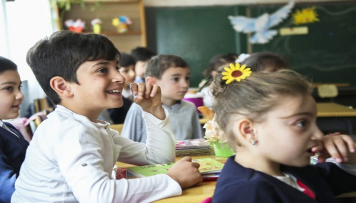 Каникулы в грузинских школах начнутся раньше