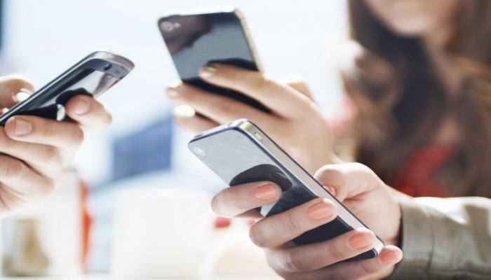 Ученые: Смартфоны снижают продуктивность мозга
