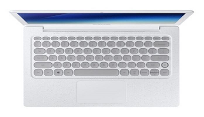 "Çap maşını klaviaturalı ""Samsung"" noutbuku təqdim edilib"