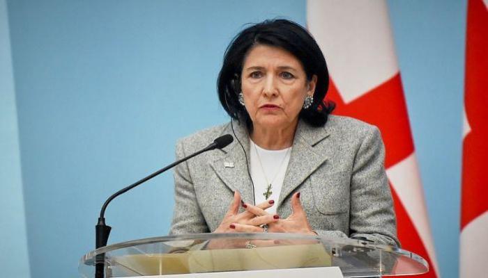 Президент Грузии подписала указ о продлении чрезвычайного положения до 10 мая