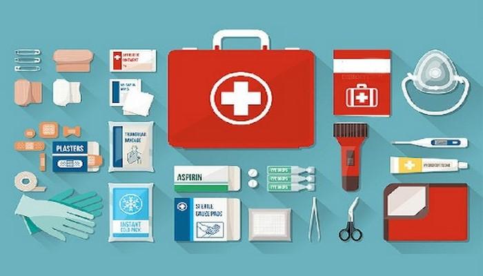 Дачная аптечка: что надо держать под рукой на случай травм и аллергии