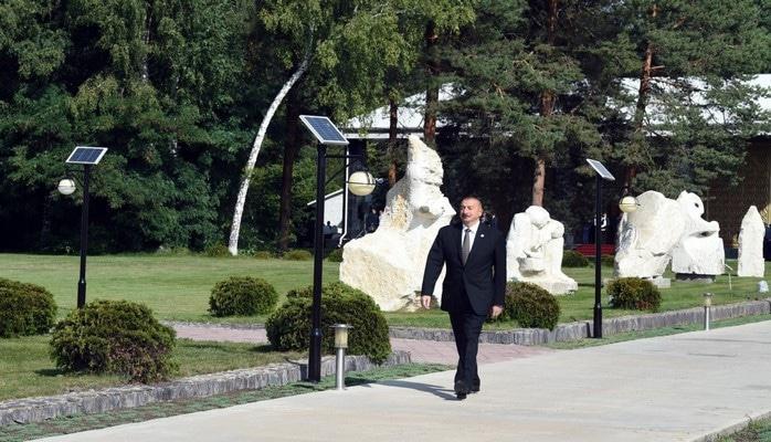 Президент Азербайджана принимает участие в VI Саммите Совета сотрудничества тюркоязычных государств